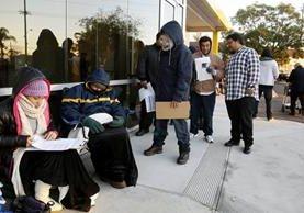 Migrantes en California se benefician de normativa. (Foto Prensa Libre: AP)