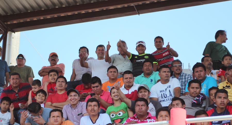 Los mil 778 aficionados que asistieron al estadio Santa Lucía de Malacatán dejaron el mejor ingreso económico de la fecha cinco del Clausura 2017. (Foto Prensa Libre: Aroldo Marroquín)