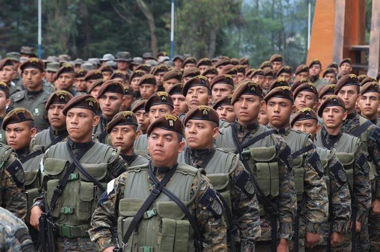 Un mil 500 militares fueron desplegados a Ixchiguán y Tajumulco para recuperar la gobernabilidad.