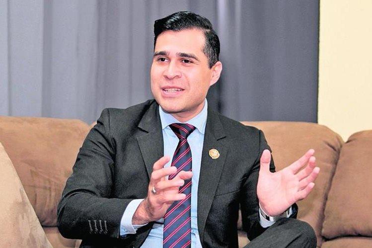 Neto Bran, alcalde de Mixco, podría ser investigado por abuso de autoridad e incumplimiento de deberes, si la Corte Suprema de Justicia retira el derecho de antejuicio del que goza. (Foto HemerotecaPL)