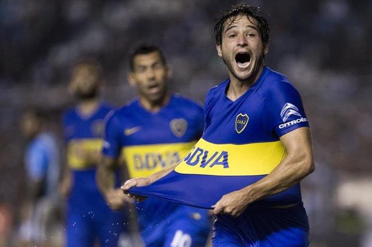 Nicolás Lodeiro contribuyó con un gol en la victoria 4-1 sobre Aldosivi. (Foto Prensa Libre: EFE).