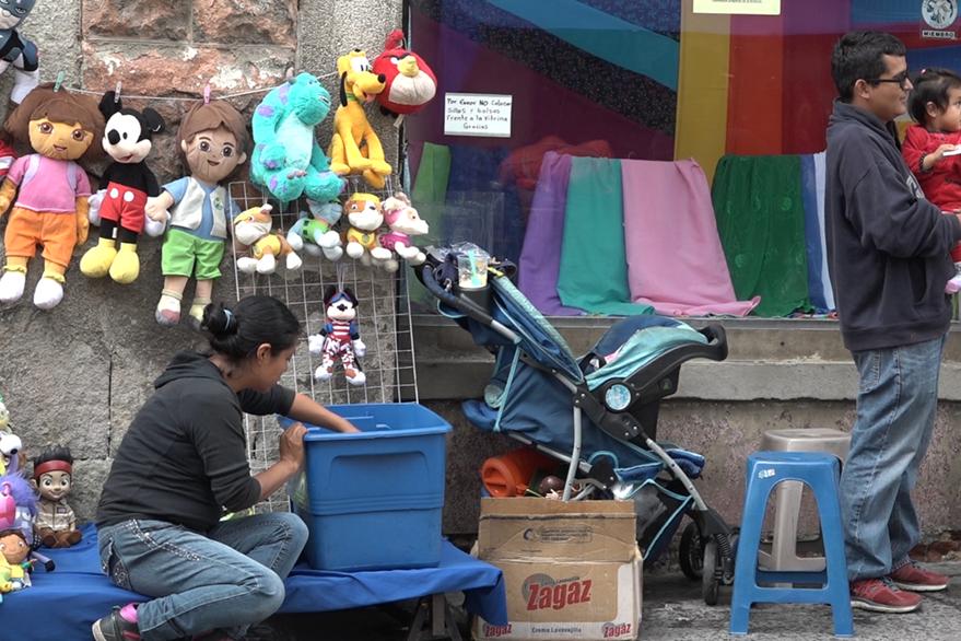 José David García dice que trabajar en la calle es mucho mejor que estar interno en un hogar estatal. Foto Prensa Libre: David Castillo