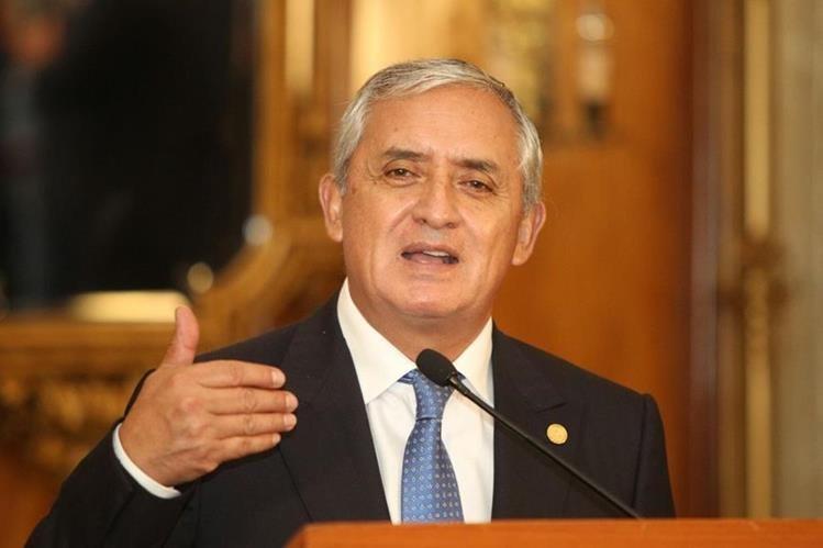La CC negó los amparos del presidente, ahora el camino queda despejado para que sea investigado. (Foto Prensa Libre: HemerotecaPL)