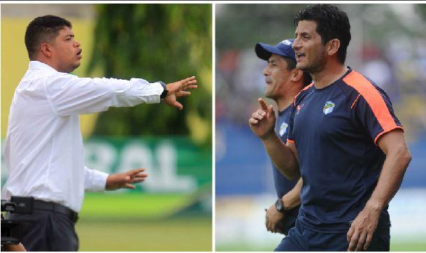 Los entrenadores costarricenses Ronald Gómez y Ronald González fracasaron con Xelajú y Comunicaciones. (Foto prensa Libre: Hemeroteca PL)