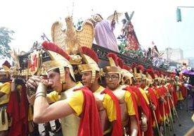 Legión acompaña la procesión infantil de San José