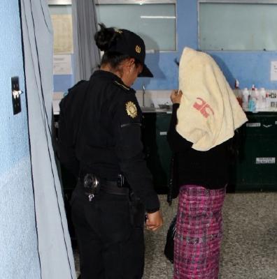 Ramos fue  capturada el pasado 19 de febrero en Joyabaj, Quiché, acusada de femicidio. (Foto Prensa Libre: Oscar Figueroa)