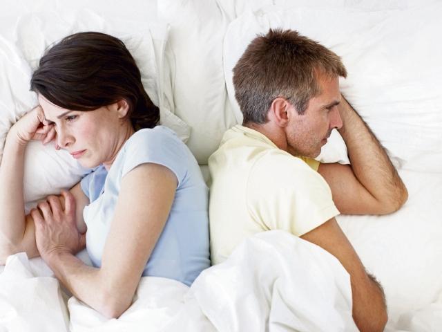 La falta de intimidad sexual es una señal de que la pareja requiere comunicarse mejor acerca de sus necesidades afectivas.