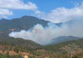 Incendio forestal en Concepción las Minas, Chiquimula, preocupa a vecinos.(Foto Prensa Libre: Mario Morales)