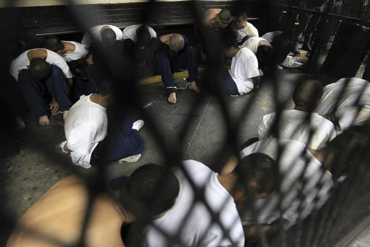 Grupo criminal se distingue por motines, venganzas y extorsiones. (Foto Prensa Libre: Hemeroteca PL)