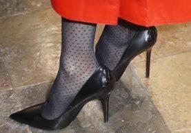 Ilustración. A partir de ahora las empresas británicas no podrán obligar a sus empleadas a usar zapatos de tacón. (Foto Prensa Libre: EFE).