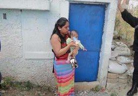 Candy Valenzuela Ajché, al momento de su captura en Santa Teresa, zona 18. (Foto Prensa Libre: Cortesía PGN)