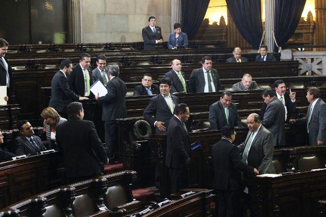 Durante esta legislatura diputados han presentado iniciativas de ley que son triviales o graciosas. (Foto Prensa Libre: Hemeroteca PL)