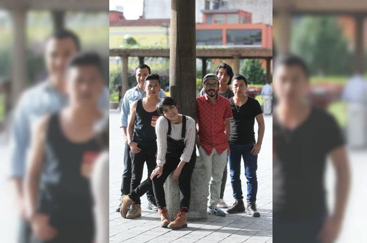 Jorge, Édgar, Dina, René, Ronal, y Luis cantarán en el concierto de Maroon 5 en Guatemala y planifican una gira por Centroamérica. (Foto Prensa Libre: Keneth Cruz)