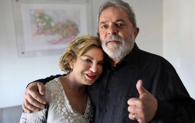 El expresidente de Brasil Luiz Inácio Lula da Silva y su esposa Marisa.