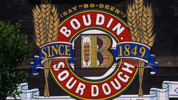 """Como anuncia con orgullo la panadería, que en EE.UU. cambió de pronunciación a """"Bodin"""", llevan 168 años haciendo pan... ¿con la misma masa? GETTY IMAGES"""