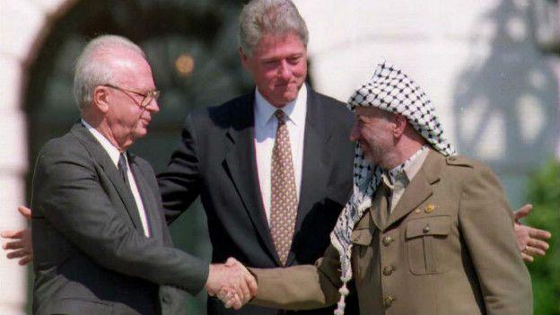 Los Acuerdos de Oslo, firmados en 1993, fueron el primer tratado depaz entre Israel y los palestinos.  AFP