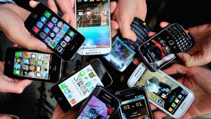 Empresas de telefonía salvadoreñas serán fiscalizadas. (Foto Prensa Libre: Internet)