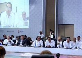 En la cumbre Iberoamericana de Presidentes efectuada en Colombia, se firmó un pacto por la Juventud y se presentó a Guatemala como sede de esa conferencia en el 2018. (Foto, Prensa Libre: Cortesía)