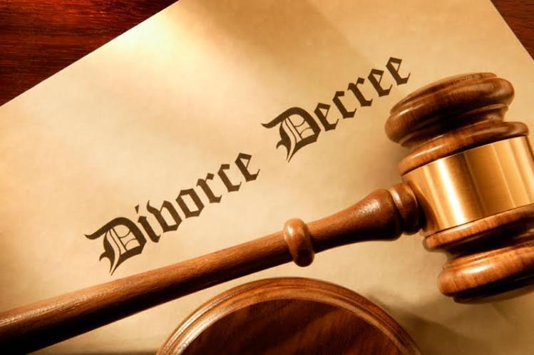 <em>Corte en Nigeria concede divorcio a hombre porque esposa servía tarde la cena.</em><br />