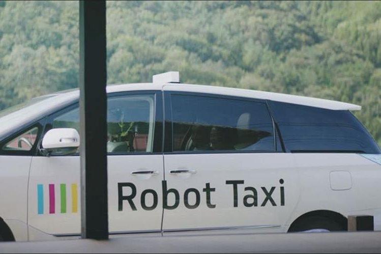 Los robot-taxis podrían representar en 2030 el 40% de los beneficios del sector automovilístico. (Foto Prensa Libre: AFP)