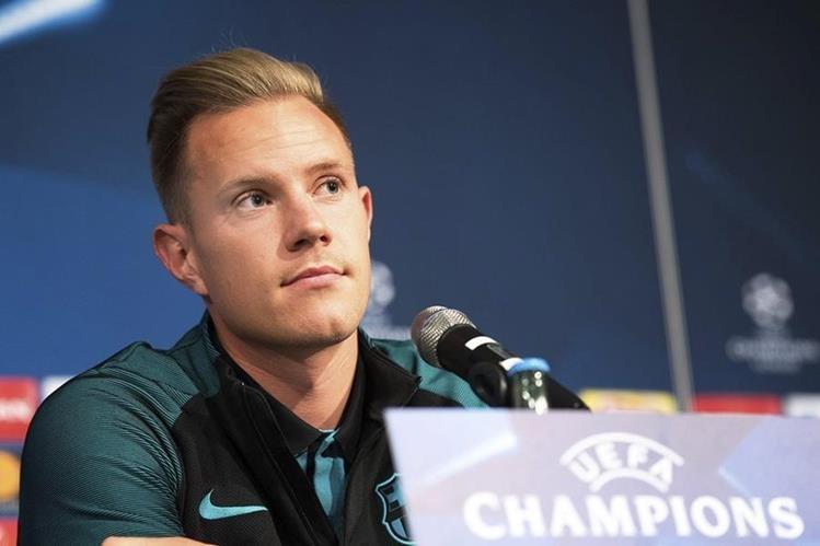 Ter Stegen se siente feliz de volver a jugar contra su primer equipo. (Foto Prensa Libre: EFE)