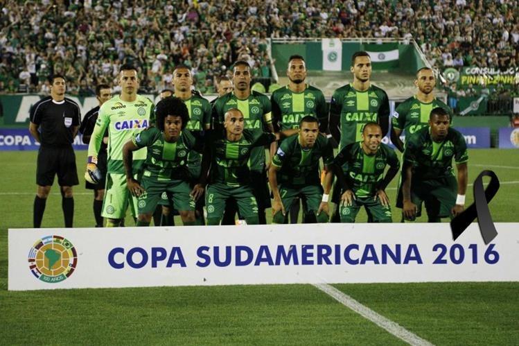 El Club Chapecoense fue declarado campeón de la Copa Sudamericana por Conmebol. (Foto Prensa Libre: EFE)