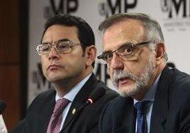 El comisionado Iván Velásquez y el presidente Jimmy Morales durante una conferencia de prensa conjunta. (Foto Prensa Libre: Hemeroteca PL)