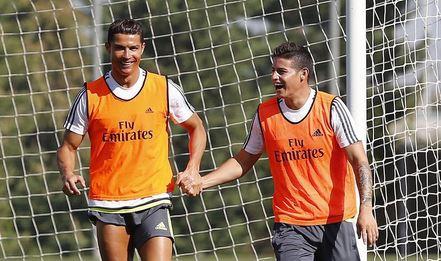 Cristiano Ronaldo y James Rodríguez durante el entrenamiento de este viernes. (Foto Prensa Libre: Instagram Cristiano Ronaldo)