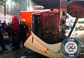 El accidente ocurrió cerca de las 7 de la mañana. (Foto Prensa Libre: CBM)