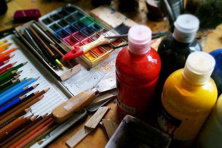 El arte incentiva la creatividad de los niños. (Foto Prensa Libre: Hemeroteca PL)