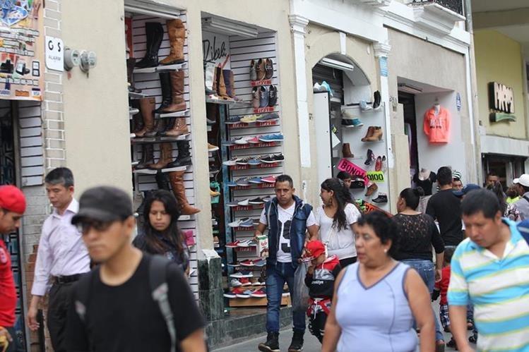 Los agentes económicos mantienen una baja percepción en la economía (Foto Prensa Libre: Hemeroteca PL)