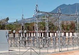 Tiene capacidad de generar  tres  megavatios, se ubica en  Taxisco, Santa Rosa, y para la generación de electricidad usa el caudal del río El Paja, explicó Mario Gutiérrez, gerente de Operaciones.