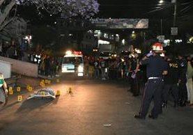 Ataque armado en Bárcenas, Villa Nueva, dejó dos víctimas. (Foto Prensa Libre: CBM)