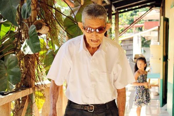 <p>Dionisio Gregorio Mazariegos López cumplió cien años. (Foto Prensa Libre: Rolando Miranda).</p>