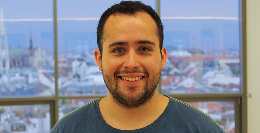 De León está próximo a culminar sus estudios de maestría. (Foto Cortesía STV I-BW).