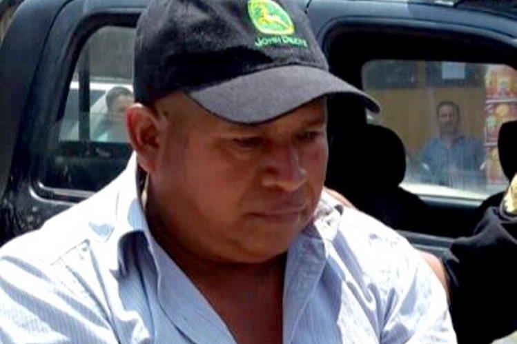 Santiago Pu Chiroy, de 50 años, fue capturado en la entrada de Canillá. (Foto Prensa Libre: Óscar Figueroa)