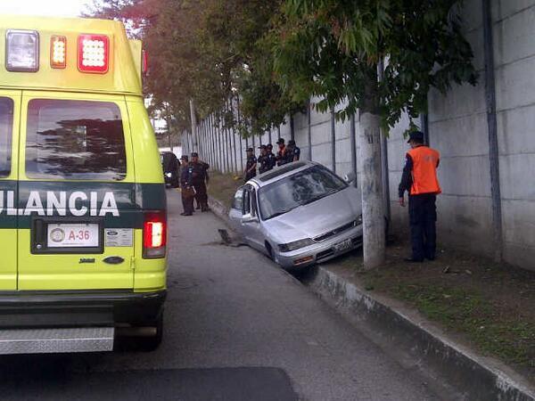 Vehículo en el que se transportaba Conedera al momento de ser baleada.(Foto Prensa Libre: Hemeroteca PL)