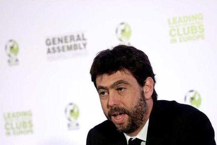 Andrea Agnelli, presidente de la Juventus, fue suspendido por vender boletos a grupos relacionados con la mafia italiana. (Foto Prensa Libre: Hemeroteca)