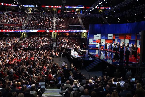 El Quicken Loans Arena lleno escucha a los candidatos republicanos. (Foto Prensa Libre: AP)