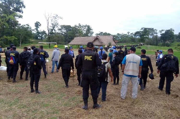 Personal de Copredeh acompañó el proceso de desalojo de 80 familias en Chab