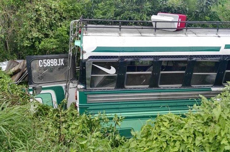 El bus pertenece a la empresa Sanluiseña.