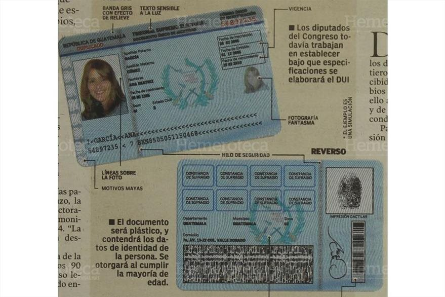 20 /9/2004  TSE muestra el Documento Único de Identificación (DUI) que sutituiría a la Cédula de Vecindad. (Foto: Hemeroteca PL)