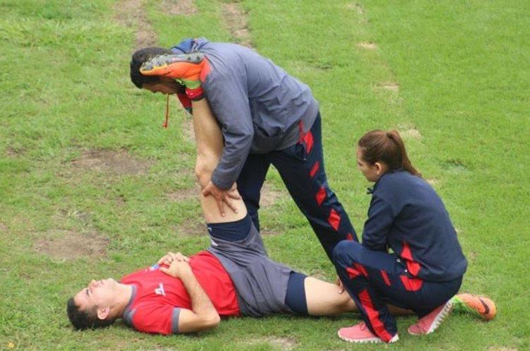 Marco Pappa se entrenó este martes por separado por resentirse de un golpe en la pierna izquierda. (Foto LaRed).