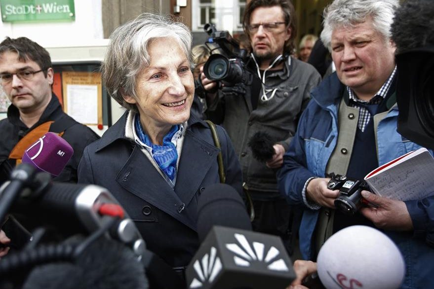 Irmgard Griss, candidata independiente, obtiene resultados satisfactorios den las presidenciales de Austria. (AFP)