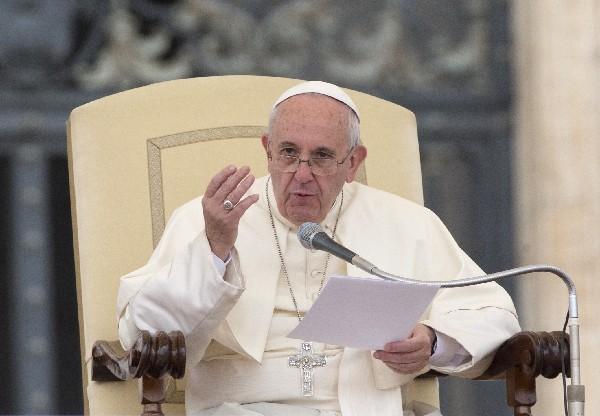 <em>&nbsp;El Papa introduce cambios en el proceso canónico para la nulidad matrimonial.</em>