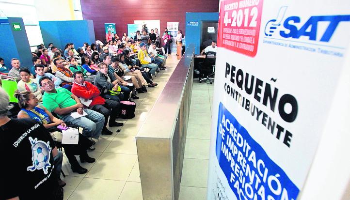 Los trámites serán suspendidos a partir del próximo mes. (Foto Prensa Libre: Hemeroteca PL)