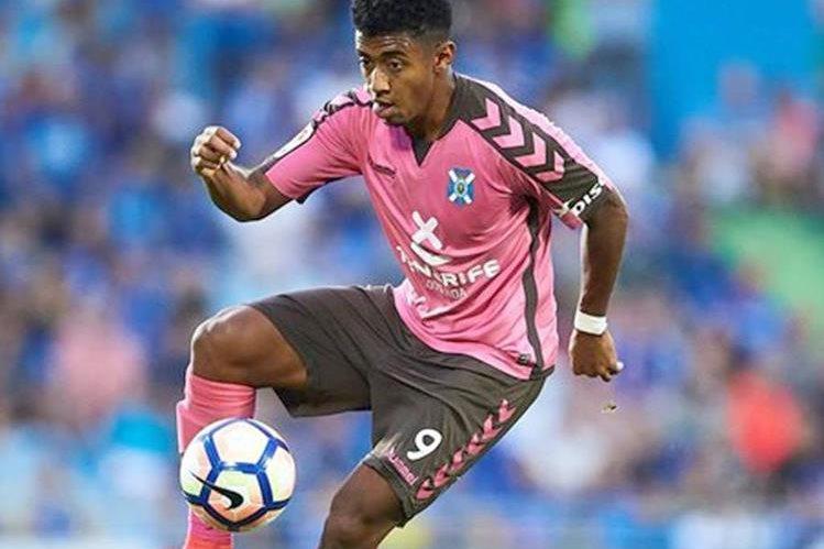 El hondureño Choco Lozano está cerca de firmar con el Barcelona B en España. (Foto Prensa Libre: Tomado de Tenerife)