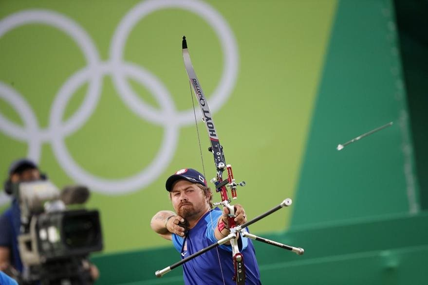 Brady Ellison participa en tiro con arco en Río 2016. (EFE)