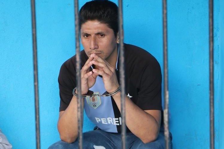 Ronaldo Núñez es acusado de matar a su hijastra en Sayaxché, Petén. (Foto Prensa Libre: Rigoberto Escobar)