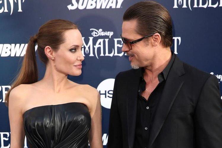 Angelina Jolie y Brad Pitt llevarán su proceso de divorcio en privado con el objetivo de proteger a sus hijos. (Foto Prensa Libre: AP)